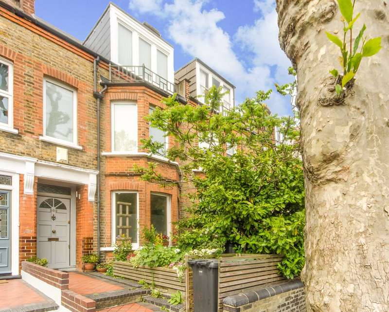 4 Bedrooms Terraced House for sale in Northcote Road, Walthamstow, E17