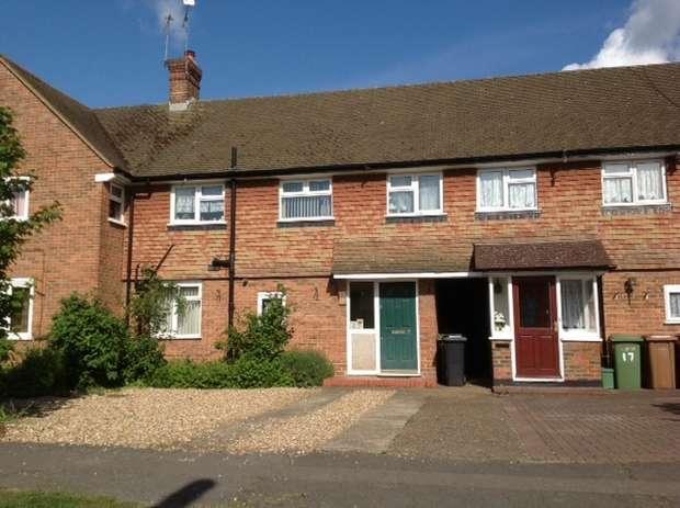 3 Bedrooms Terraced House for sale in Marsh Avenue, Epsom