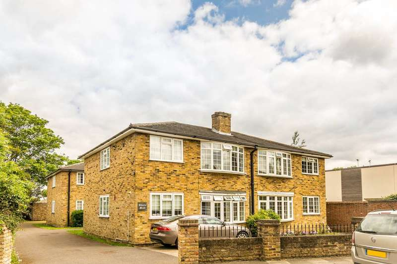 2 Bedrooms Flat for sale in Abbotts Mead, Ham, TW10