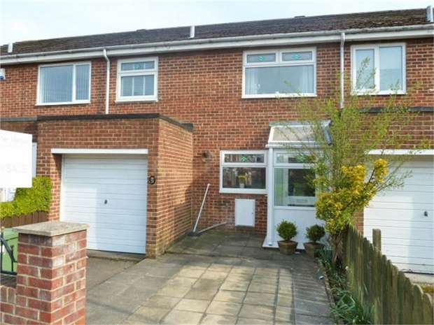 3 Bedrooms Terraced House for sale in Huntley Terrace, Sunderland, Tyne and Wear