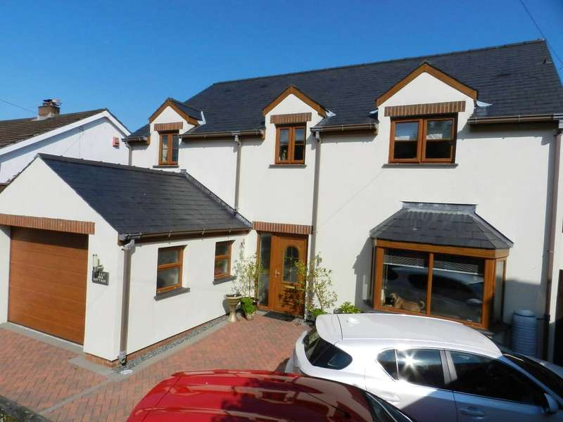 4 Bedrooms Detached House for sale in Holly Tree Cottage, Burton, Milford Haven, Pembrokeshire