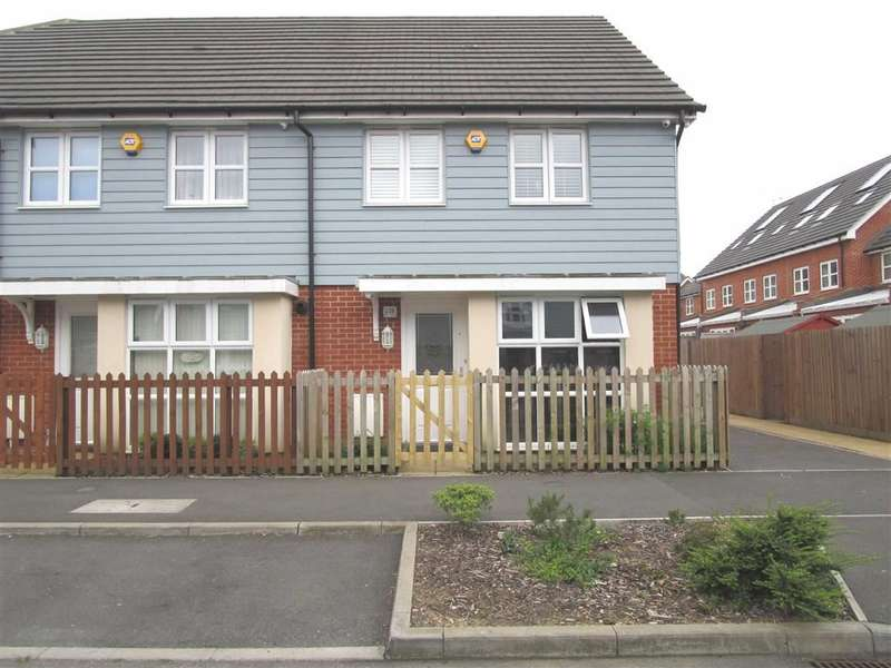 3 Bedrooms Property for sale in Eltham Avenue, Cippenham, Berkshire