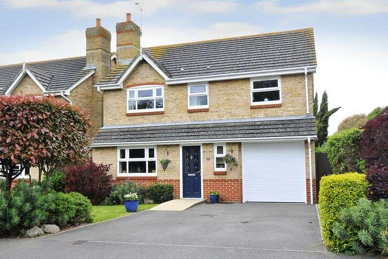 4 Bedrooms Detached House for sale in May Close, Climping