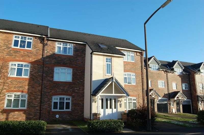 1 Bedroom Flat for sale in Danecroft, Little Lever, Bolton