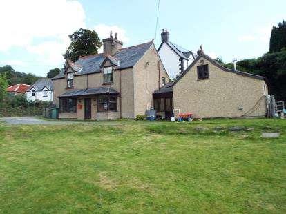 4 Bedrooms Detached House for sale in Llandderfel, Bala, Gwynedd, LL23