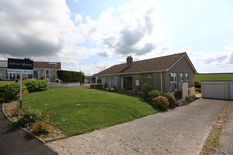 3 Bedrooms Semi Detached Bungalow for sale in Heybrook Bay, Plymouth
