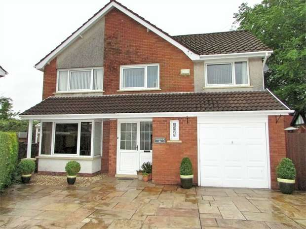4 Bedrooms Detached House for sale in Glendale, Bryncoch, Neath, West Glamorgan