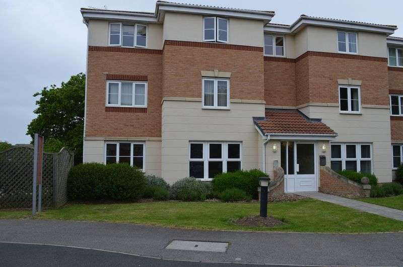 2 Bedrooms Flat for sale in Caesar Road, North Hykeham