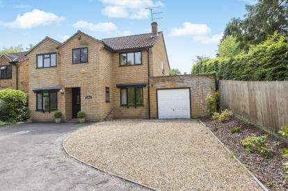 4 Bedrooms Detached House for sale in Bafford Lane, Charlton Kings, Cheltenham, Gloucestershire