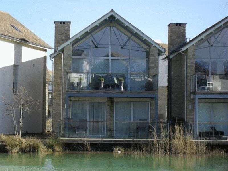 2 Bedrooms Detached House for sale in Lower Mill Lane, Cirencester