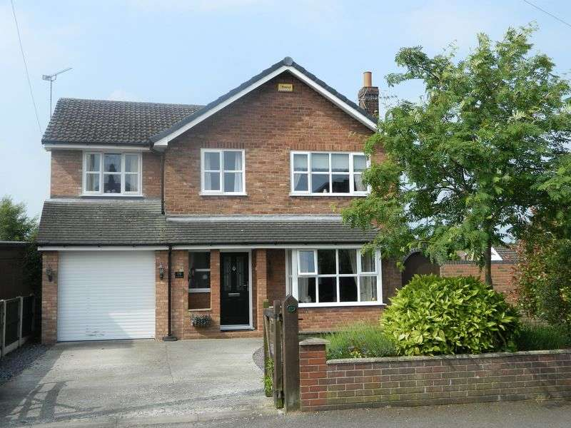 5 Bedrooms Detached House for sale in Queens Drive, Sandbach