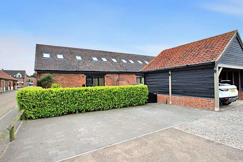 3 Bedrooms Property for sale in Back Lane, Martham