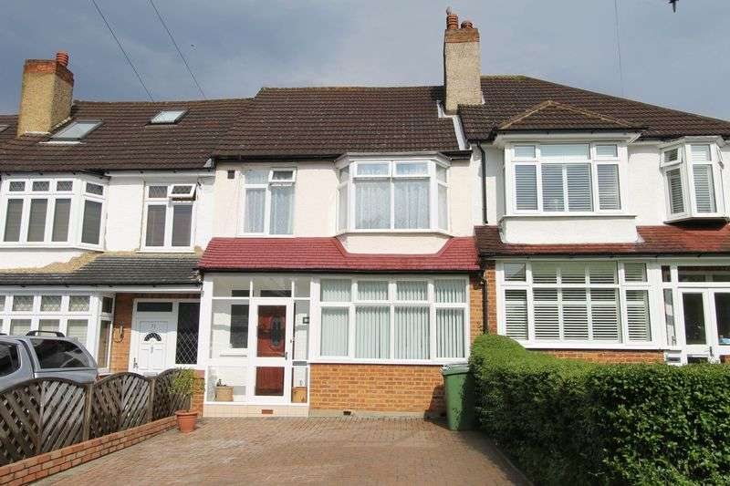 3 Bedrooms Terraced House for sale in Ardrossan Gardens, Worcester Park