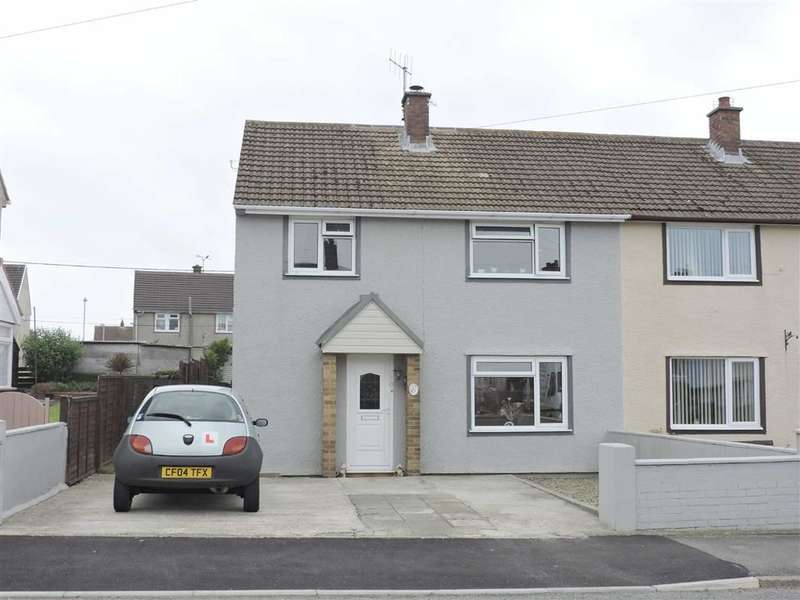 3 Bedrooms Property for sale in Heol Penlan, Stop And Call, Goodwick