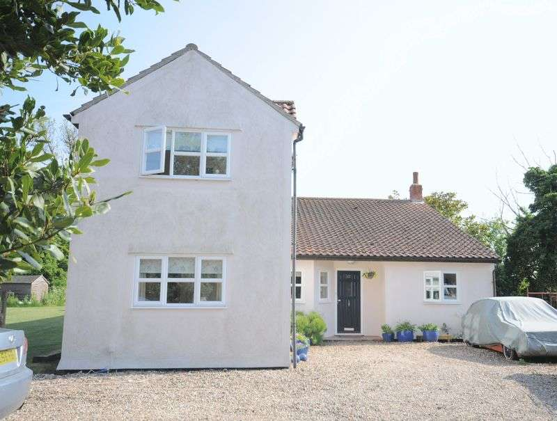 5 Bedrooms Detached House for sale in East Mersea Road, West Mersea