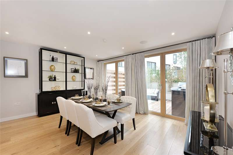 3 Bedrooms House for sale in Canonbury Cross - Townhouses, 25 Edward's Cottages, N1