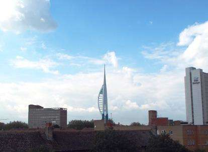 2 Bedrooms Flat for sale in Queen Street, Portsmouth, Hampshire