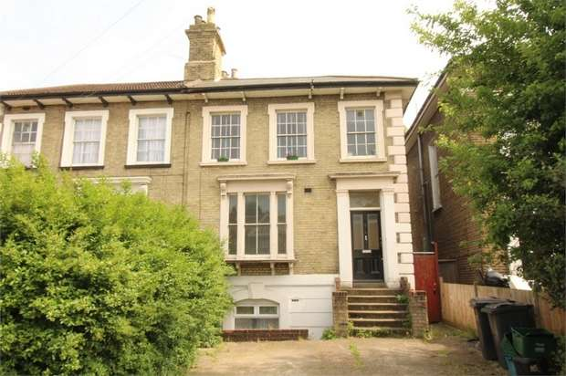 2 Bedrooms Flat for sale in Windmill Road, Croydon, Surrey