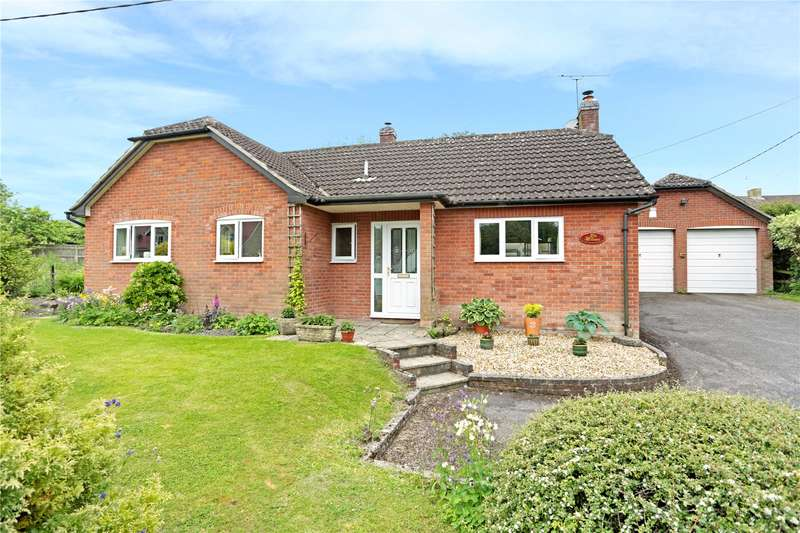 3 Bedrooms Detached Bungalow for sale in The Street, Cherhill, Calne, Wiltshire, SN11