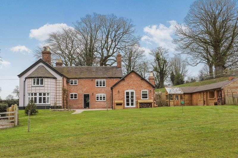 4 Bedrooms Detached House for sale in Englesea Brook, Cheshire