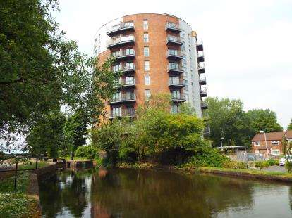 2 Bedrooms Flat for sale in 2 Stuart Street, Manchester, Greater Manchester