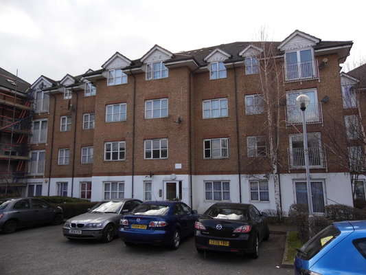 1 Bedroom Flat for sale in Lavender Place, Ilford