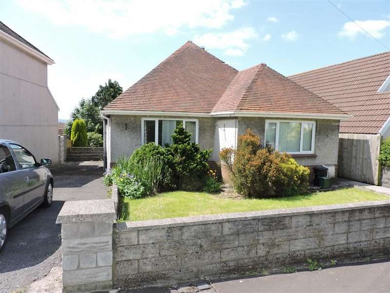 3 Bedrooms Property for sale in Llannant Road, Gorseinon