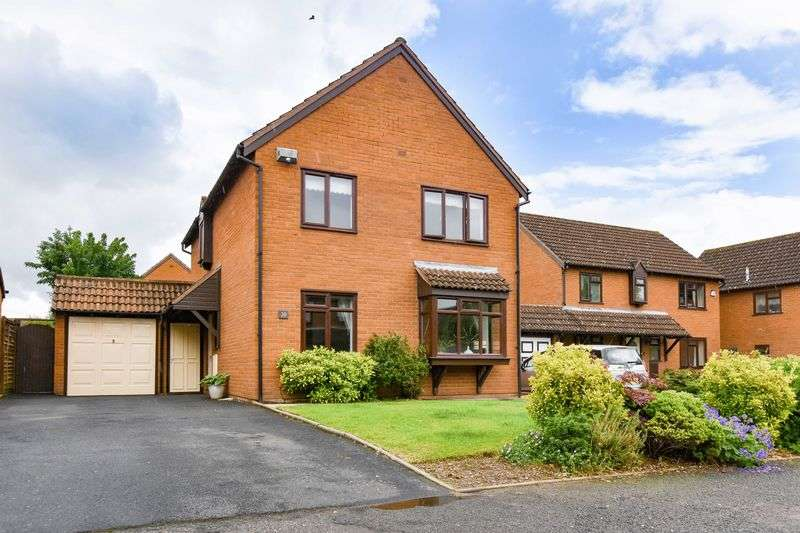 4 Bedrooms Detached House for sale in Sudbury Avenue, Hampton Park, Hereford, HR1 1YB