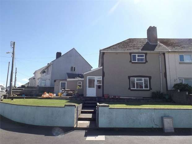 4 Bedrooms Semi Detached House for sale in Jury Lane, Haverfordwest, Pembrokeshire