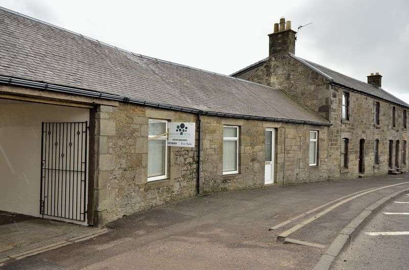 3 Bedrooms House for sale in Main Street, Lanark