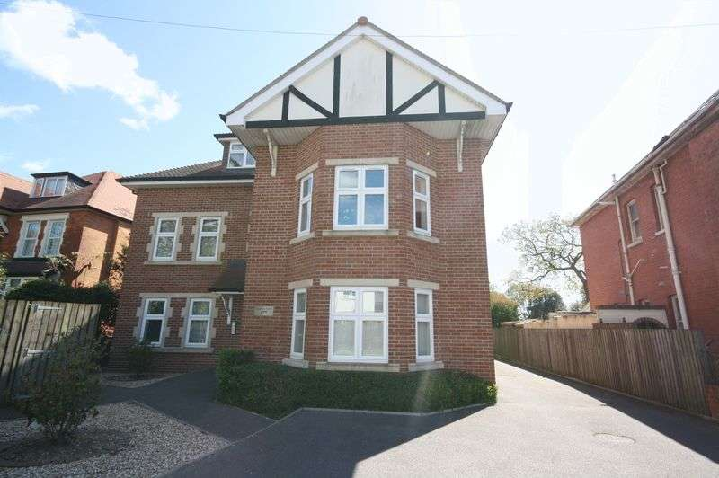4 Bedrooms Flat for sale in Four Bedroom Penthouse, Southbourne