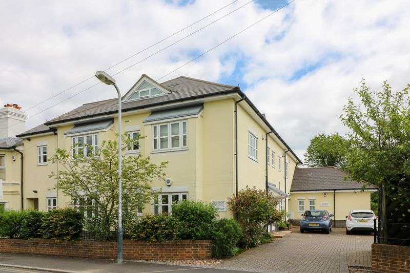 3 Bedrooms Flat for sale in Currie Road, Tunbridge Wells
