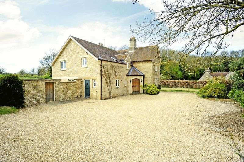 5 Bedrooms Detached House for sale in Clipsham, Oakham, Rutland