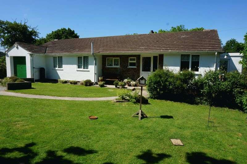 4 Bedrooms Detached Bungalow for sale in Callington