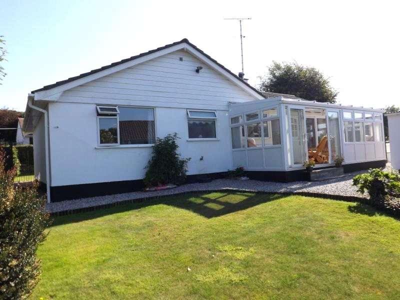3 Bedrooms Detached Bungalow for sale in Meneth, GWEEK, Near Helston