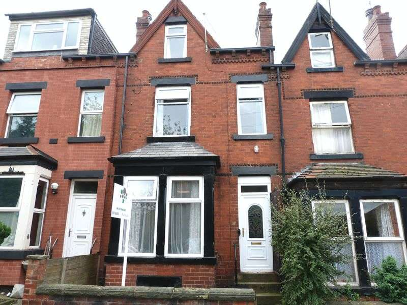4 Bedrooms Terraced House for sale in Colenso Mount, Leeds
