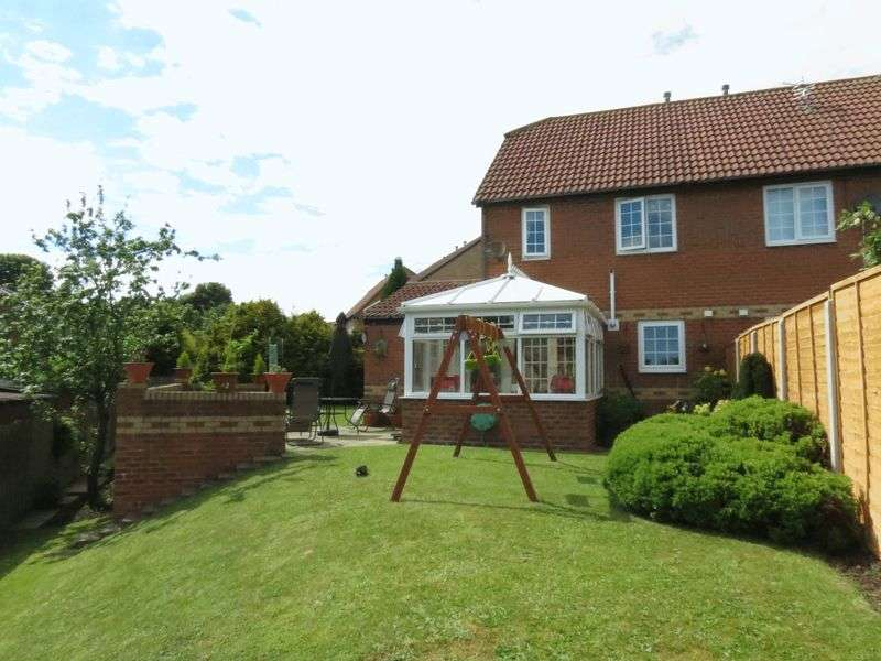 3 Bedrooms Semi Detached House for sale in Barsloan Grove, Peterlee