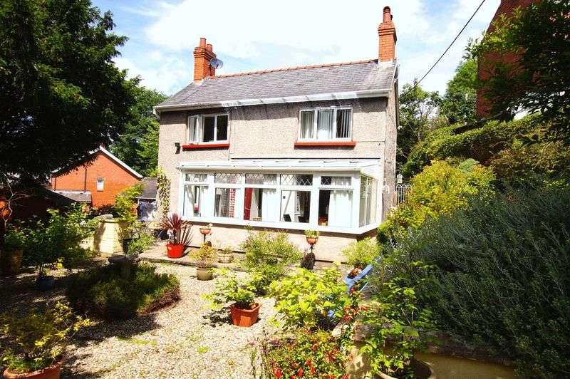 2 Bedrooms Property for sale in Queen Street, Wrexham