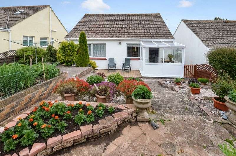 2 Bedrooms Bungalow for sale in ELLIOTT GROVE BRIXHAM