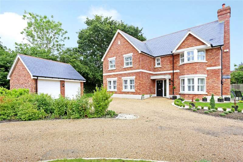 5 Bedrooms Detached House for sale in Courtlands, Southwater, West Sussex, RH13