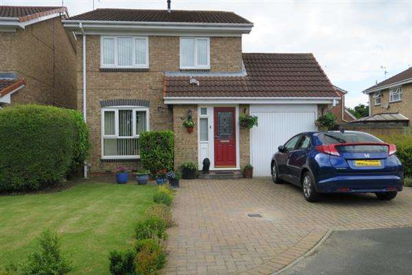 3 Bedrooms Detached House for sale in St. Simon Street, South Shields