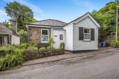 3 Bedrooms House for sale in Troon, Camborne, Cornwall