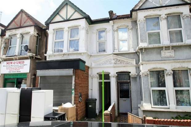 2 Bedrooms Flat for sale in Green Street, Upton Park, London