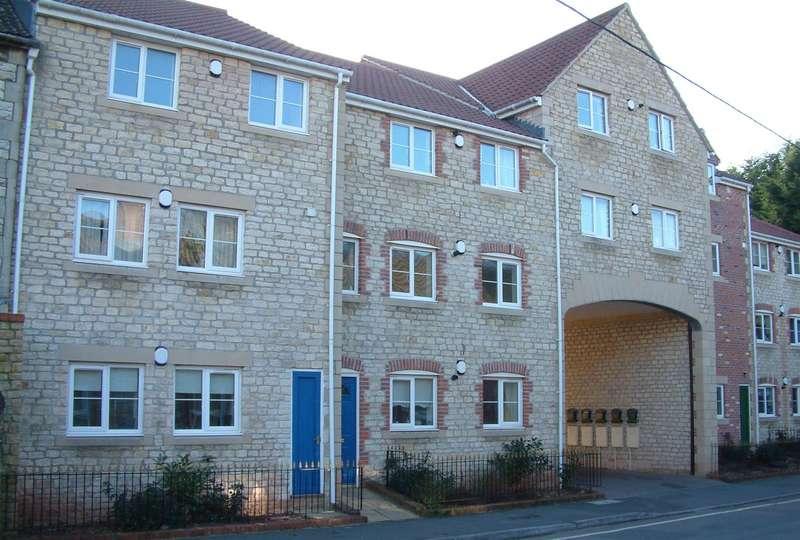 1 Bedroom Flat for sale in Wellow Brook Court, Midsomer Norton