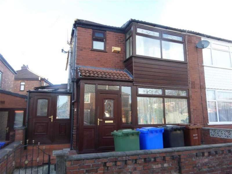 3 Bedrooms Property for sale in Leyton Avenue, New Moston, Manchester