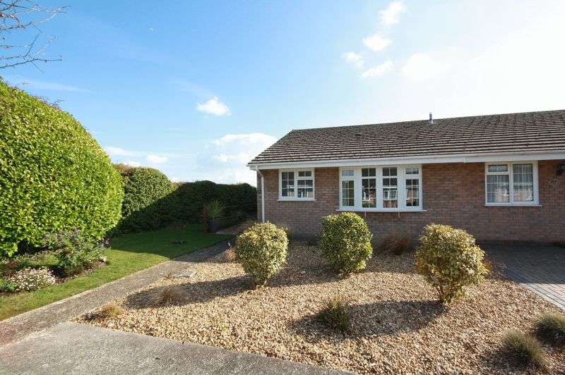 2 Bedrooms Semi Detached Bungalow for sale in Marsh Lane, Christchurch
