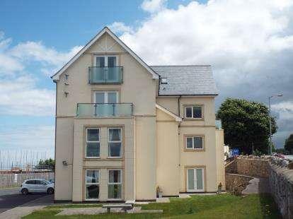 2 Bedrooms Flat for sale in Penmaen Bod Eilias, Old Colwyn, Colwyn Bay, Conwy, LL29