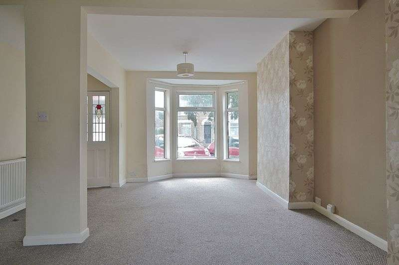 3 Bedrooms Terraced House for sale in Goddard Avenue, Hull