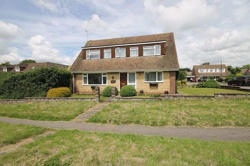 4 Bedrooms Bungalow for sale in Janes Lane, Burgess Hill, West Sussex
