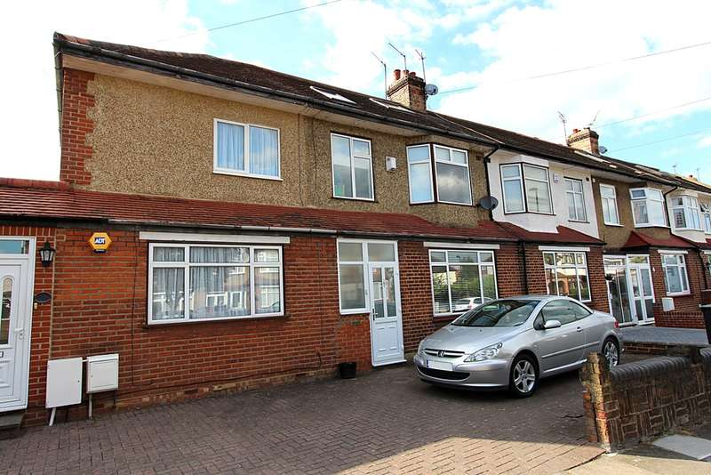 4 Bedrooms Terraced House for rent in Willow Road, Enfield